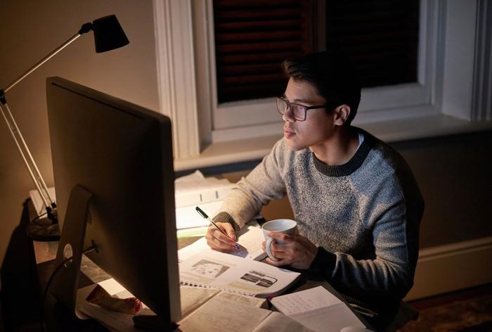 home office task lighting