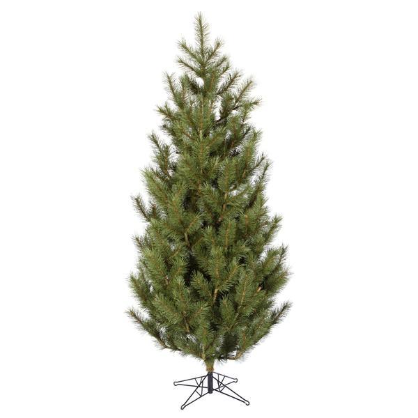 Vickerman 23220 Traditional Christmas Tree